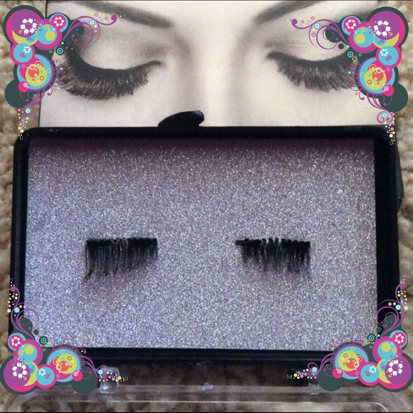 50ff5cb94d1 GXO Beauty Makeup   Magnetic Eyelashesloweredprice   Poshmark